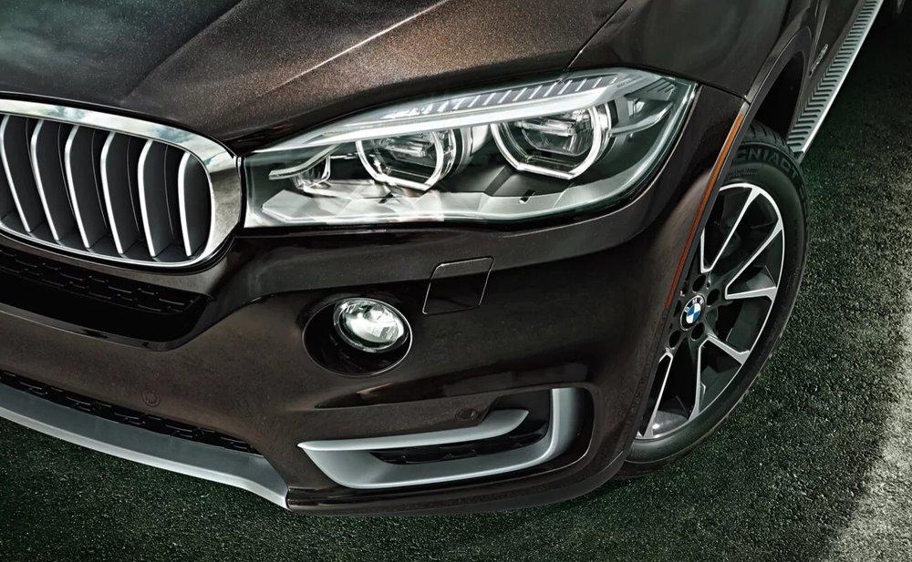 BMW_X-series_X5_lightbox_08.jpg