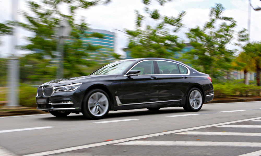 bmw_740le_xdrive_review_30.jpg