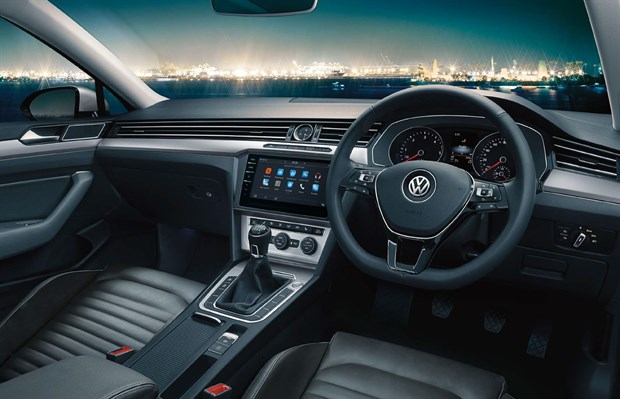 passat_viii_brochure_se_business_interior_pic_620x399.jpg