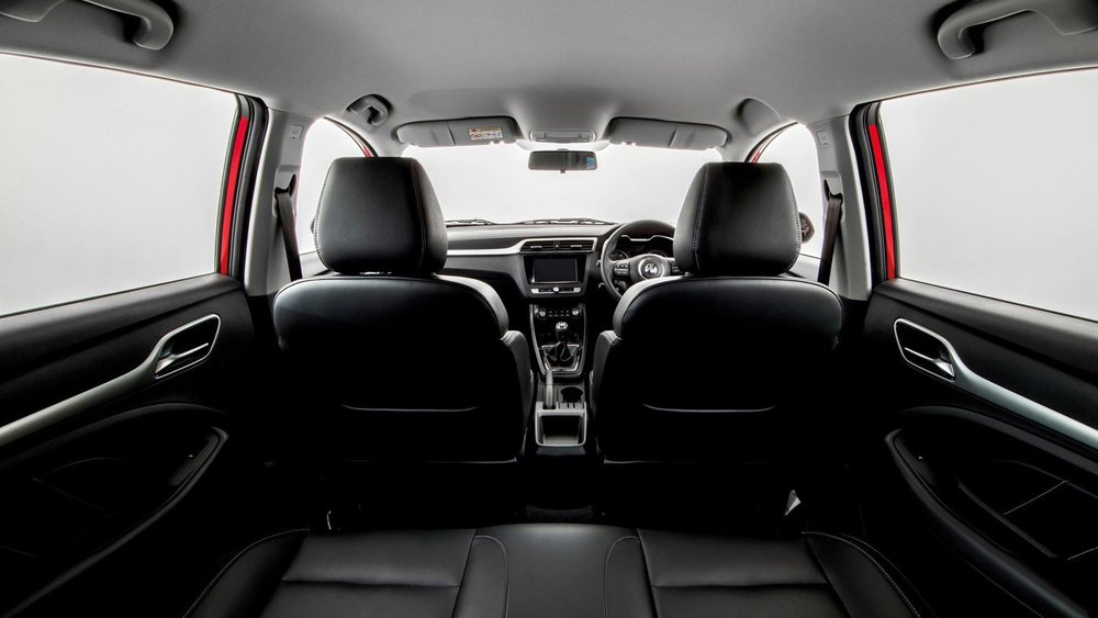 An extra wide cabin, ample leg room and indulgent rear space, including fully foldable back seats