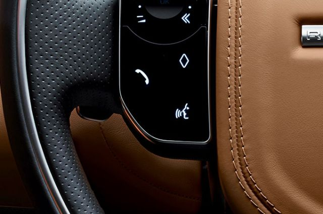 InControl's voice recognition system understands spoken instructions so you can interact with your vehicle and apps
