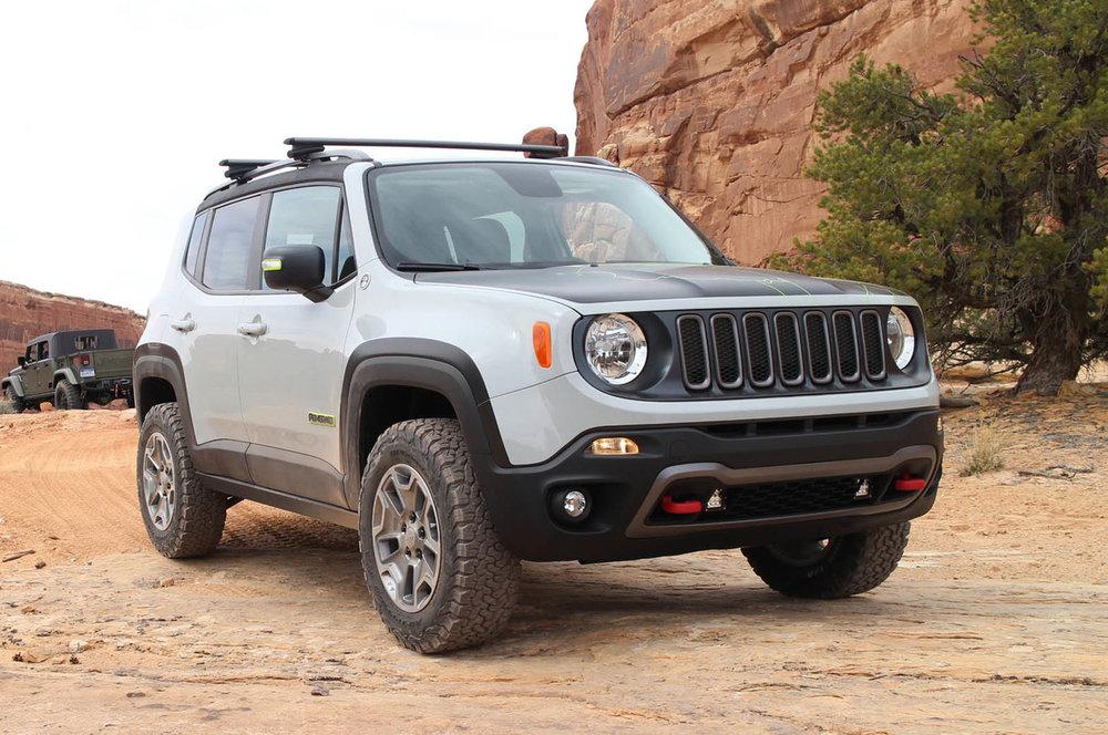 2018-Jeep-Renegade-4x2-Photos.jpg
