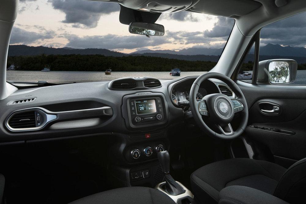 2018-Jeep-Renegade-Sport-Interior-Photos.jpeg