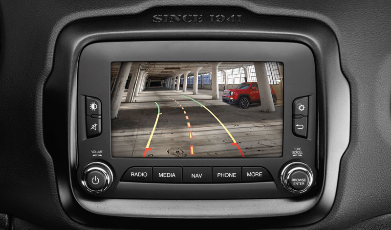 Rear camera with dynamic lines