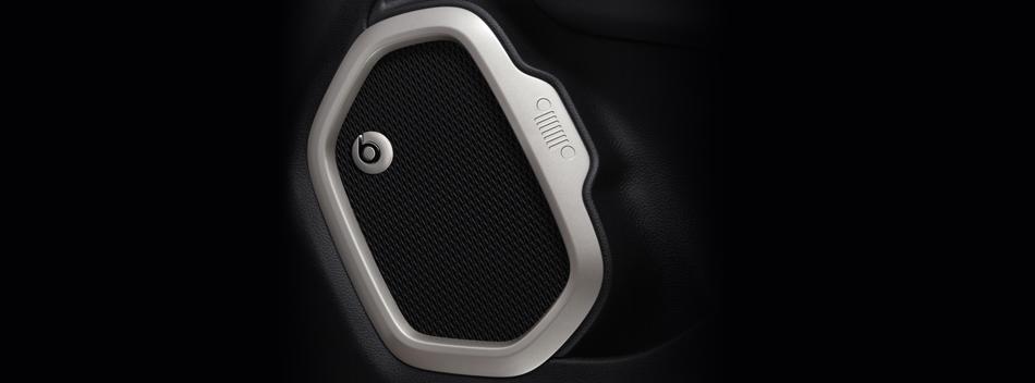 With the premium 9-speaker, 560 watts BeatsAudio Sound System