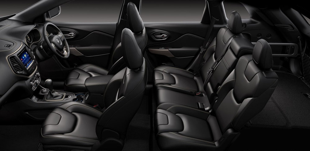 2018 Jeep Cherokee Black Leather Interior Seating.jpg