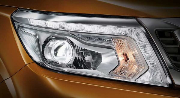 Brilliant headlights allow others to see your vehicle better on the road both in day and night.