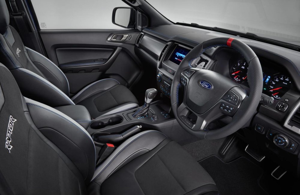 2019-Ford-Ranger-Raptor-interior.jpg