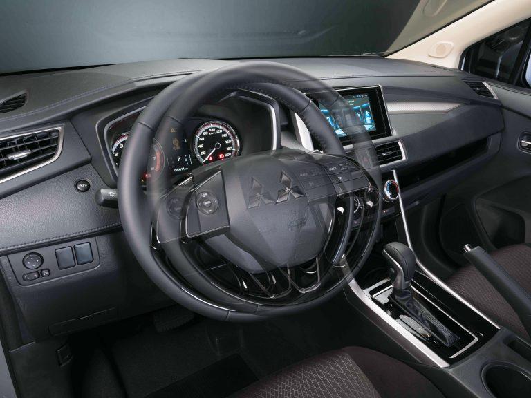 Tilt and Telescopic adjusting steering wheel