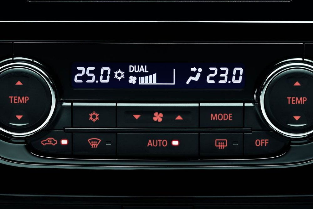 Automatic air conditioning and dual zone air conditioning.