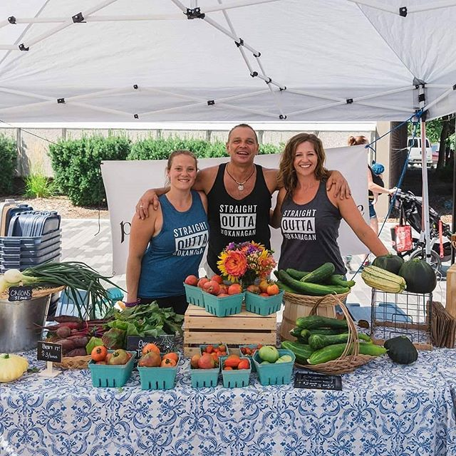 We are loving our local Farmers Markets! Can't believe they are almost done for the season. The last outdoor Penticton Farmer's Market is Oct 27th. • • • #straightouttatheokanagan #okanagan #supportlocal #pentictonfarmersmarket #apparel #beautifulbc #pentictonbc #downtownpenticton #okanaganlake #okanaganvalley #fallvibes #summerland #peachland #westbank #kelowna #marketlife #351apparel #pnw  #smallbiz #okanaganlife #okanaganapparel #okanaganite #keepexploring  #explorebc #canadiangirl #fallfashion #provisionspermaculture
