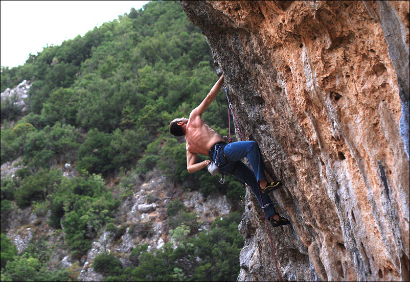 lagada_climbing_greece