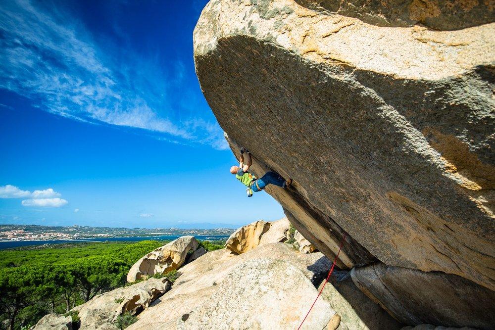 climbing_photo