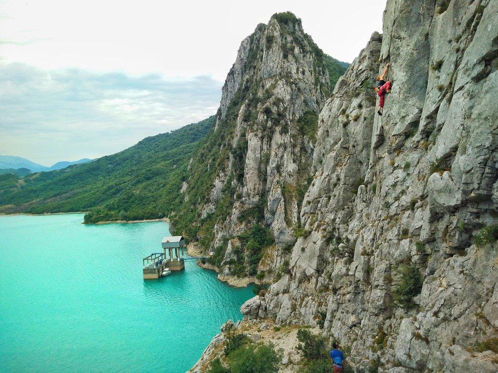 "Climber on ""Flying Flip Flop"" in Bovilla. Photographer: Elion Çikopano"