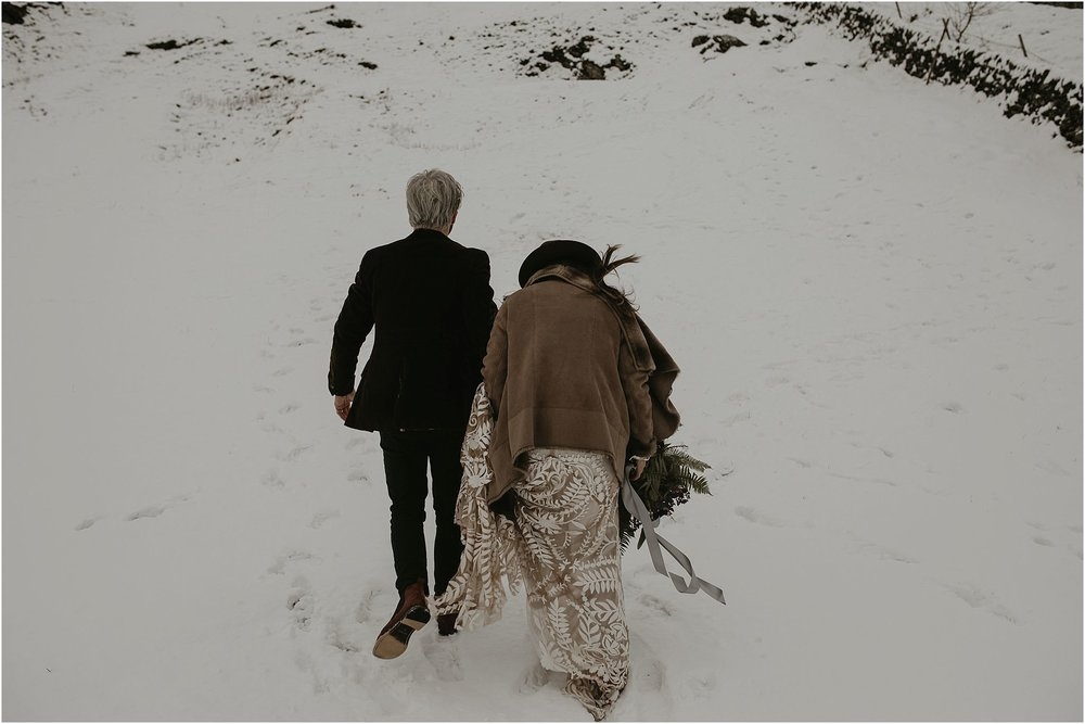 Elopement in the peak district 5.jpg