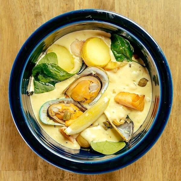 Fresh Chowder Anybody? 🐟 🍽 £10.95 😍  #ChowderContender #chowder #seafood #georges #georgesofthemarket