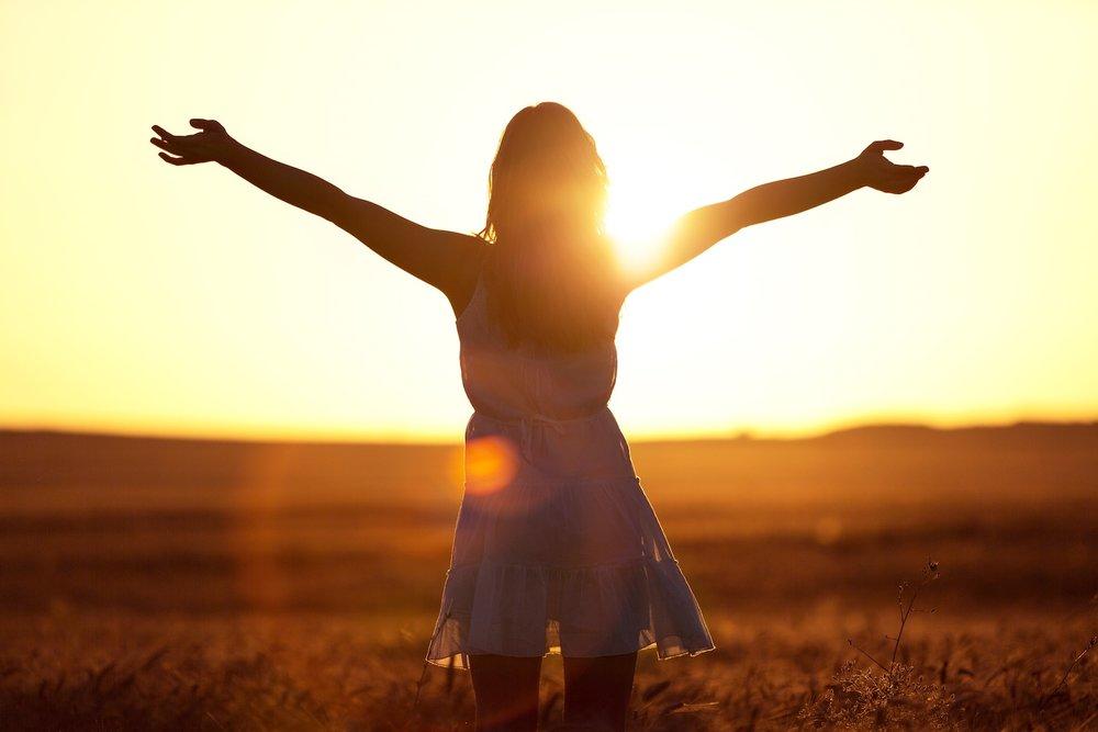 freedom-sunset-girl.jpg
