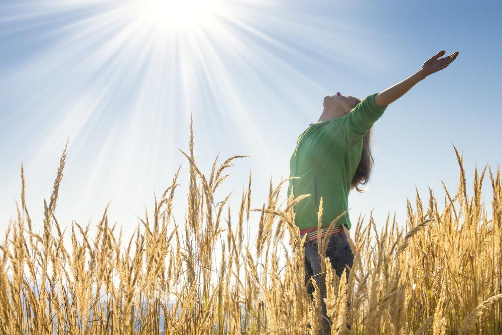 sunlight-breathe-field-woman.jpg