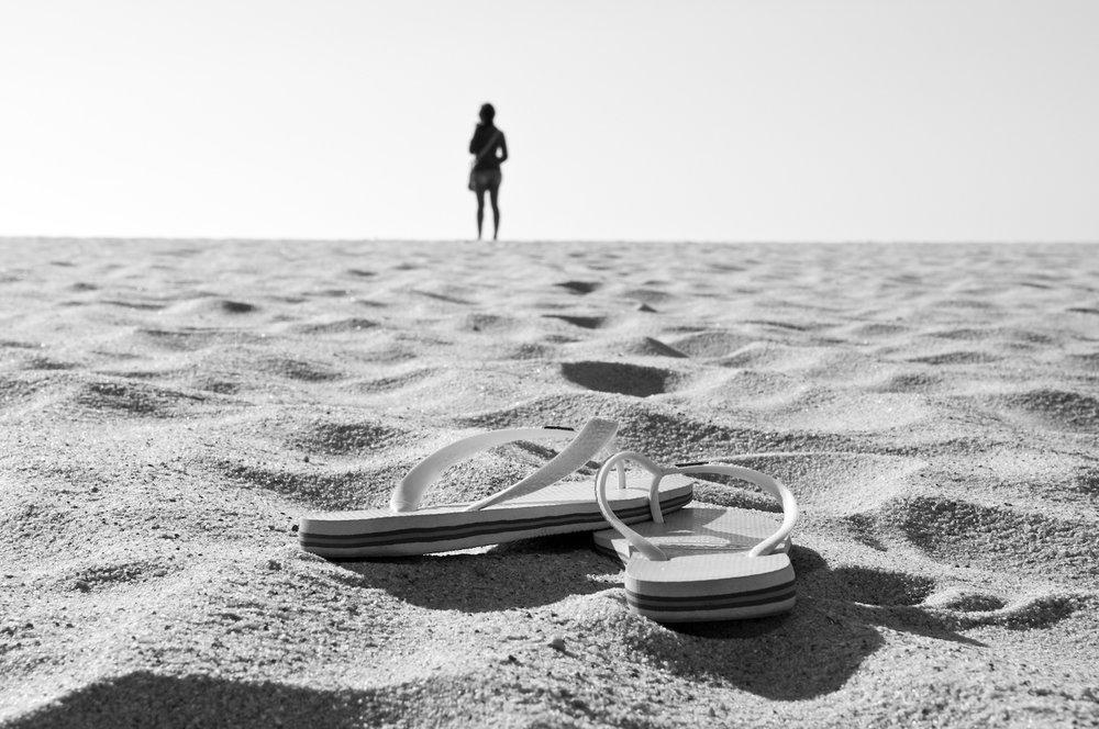 beach-woman-flipflops.jpg