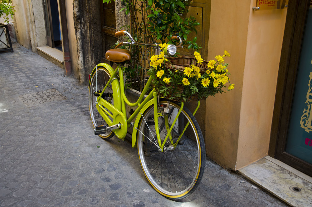 - There are so many different places that you can visit during your stay at the apartments, whether you want to stay close to home, or perhaps travel further away. Within an hours drive you can xperience the large cultural town of Anduze which is full of different activities, there is also the medieval town of Sauve, if you want to do shopping you can visit Quissac, or if large open air markets are more your thing, you can travel to Uzes.For those who want to go further, you can visit the Crusader port of Aigues-Mortes, the Palace of the Popes or Sur le Pont in Avignon, or perhaps the extensive wildlife in the Camargue