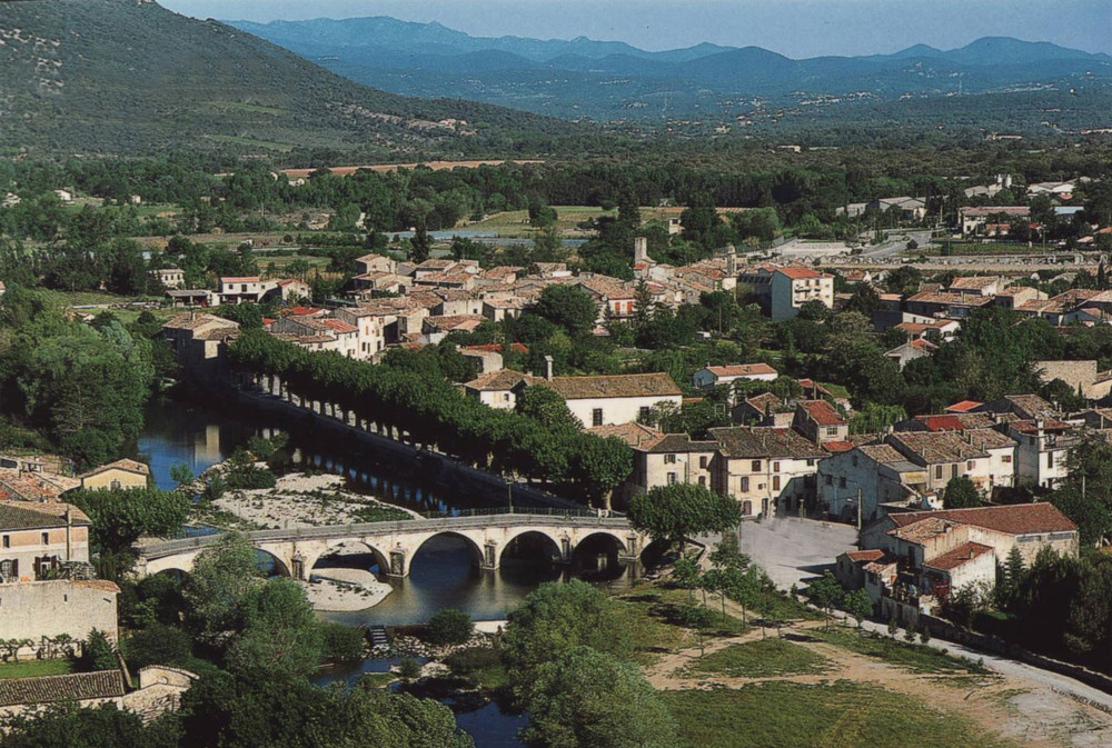 - Quissac is known as the crossroad between the Mediterranean and the Cevennes, the starting point for Nimes and Montpellier. It is a small, quiet town, with a lovely square and tranquil views of the Vidourle river and the low lying hills beyond. It is a good point to visit Corconne, Sauve and Saint-Hippolyte-du-Fort. It's a lovely place to stroll around the narrow cobbled streets.