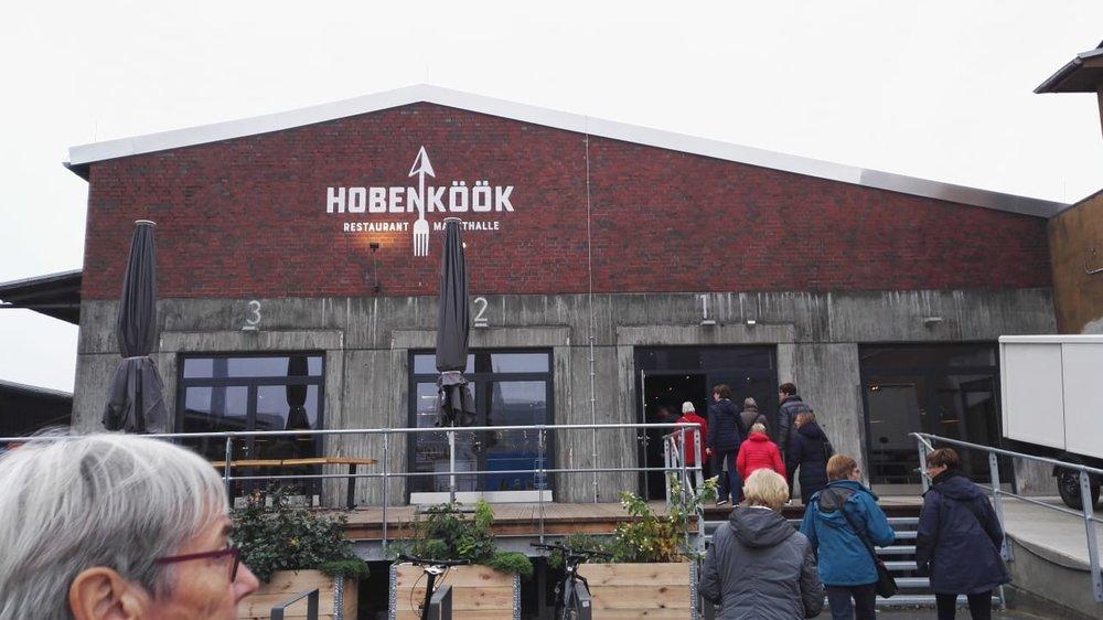 …und erkundeten die grosse Markthalle der Hobenköök (Hafenküche) mit vielen regionalen Produkten.