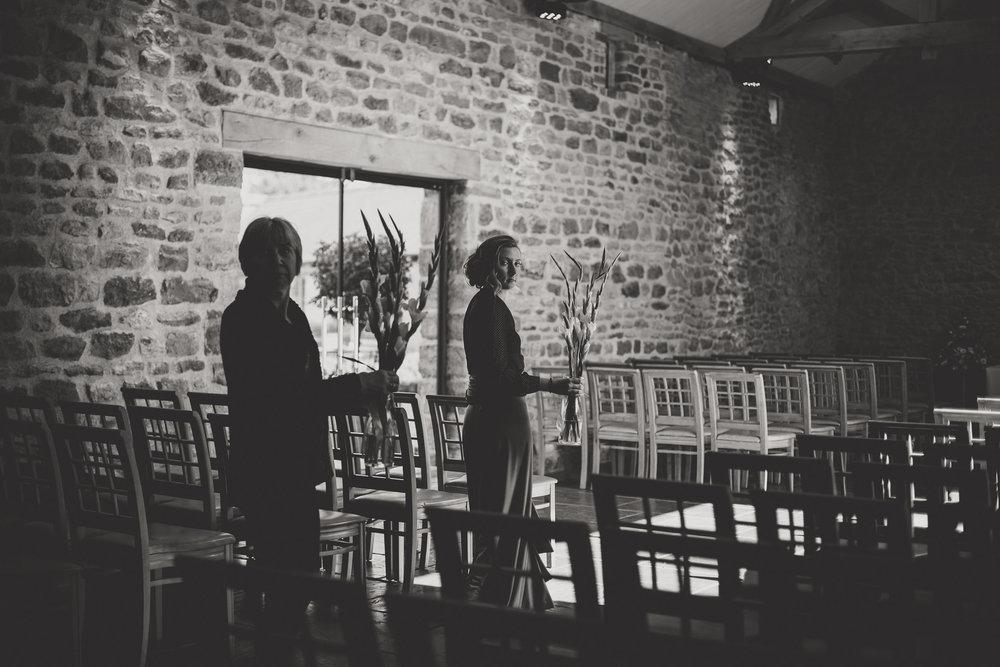 EliottSarah-CaterinaLay-Weddings-London-013.jpg
