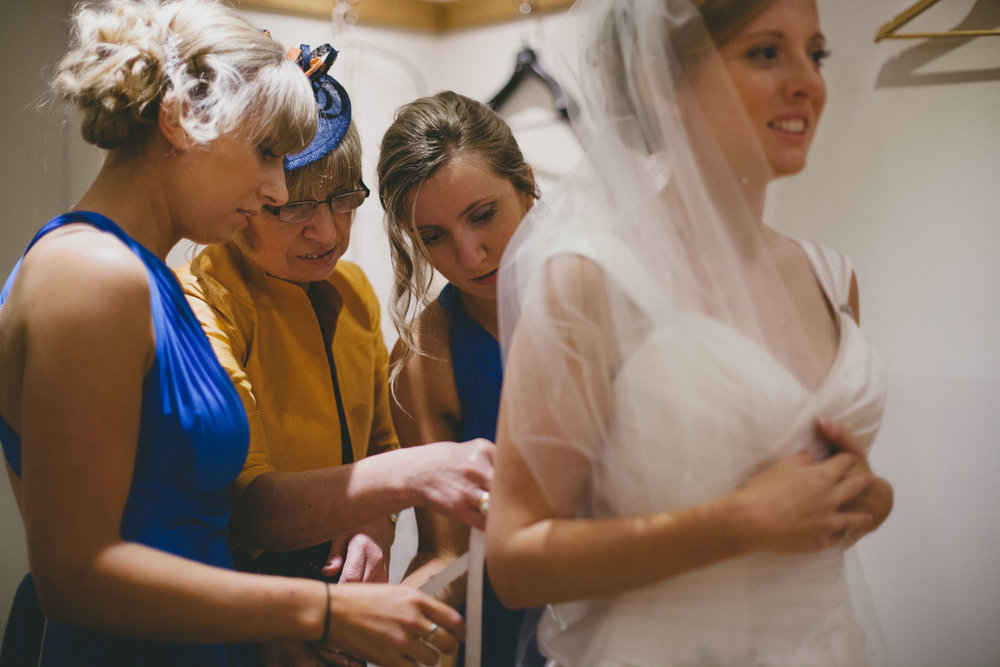 EliottSarah-CaterinaLay-Weddings-London-018.jpg