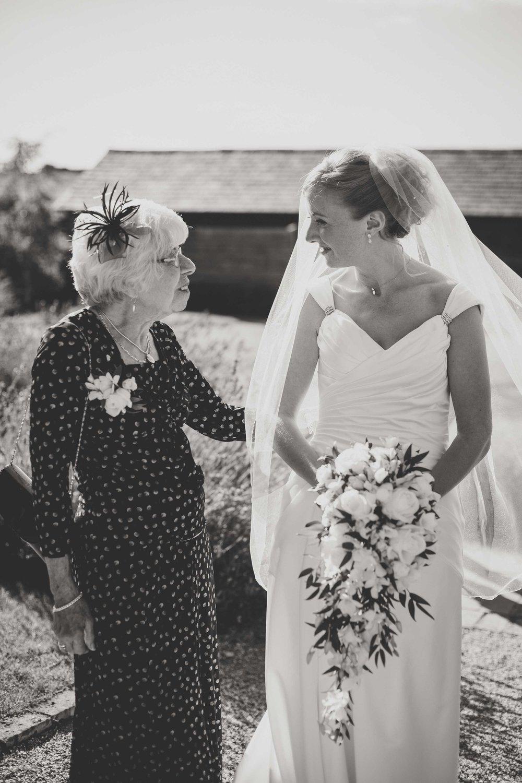 EliottSarah-CaterinaLay-Weddings-London-038.jpg