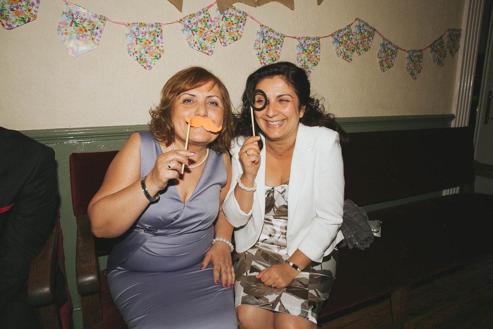 FilizSteve-CaterinaLay-Weddings-London-048.jpg