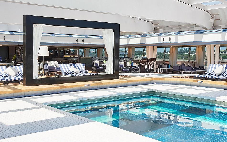Vasco_da_Gama_Pool ship114-152349-10.jpg