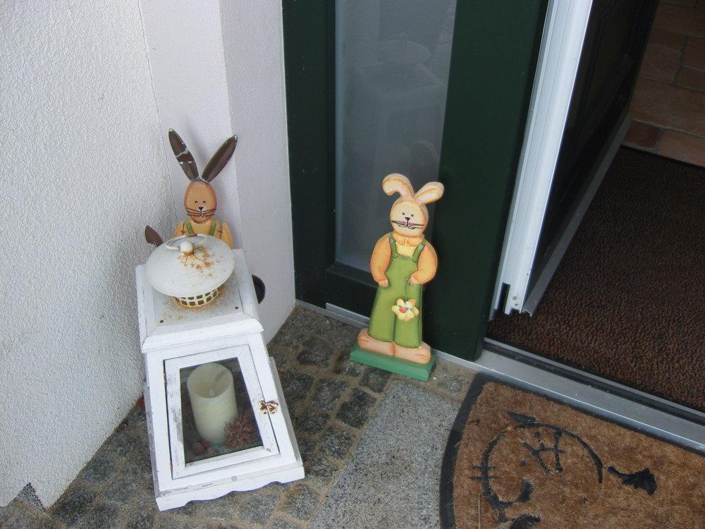 Osterhasen in der Nachbarschaft