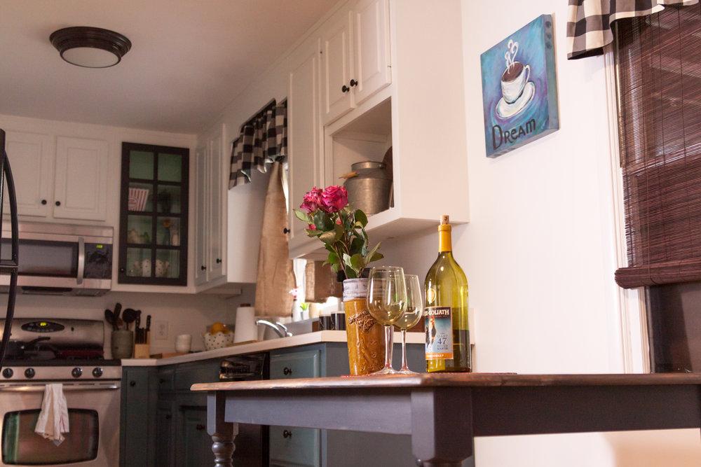 B&B kitchen 1.jpg