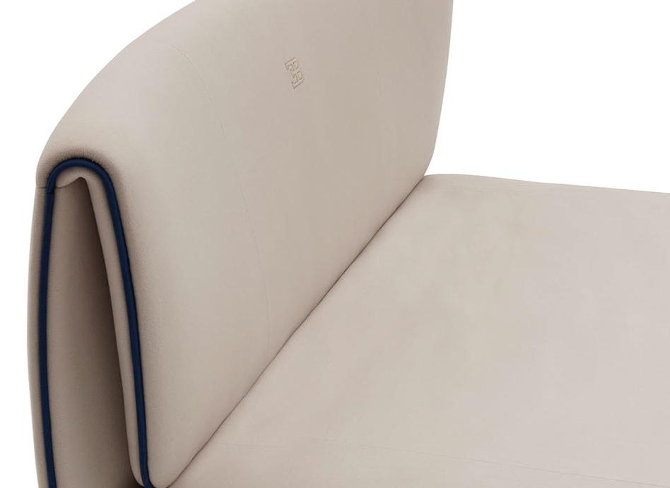 bu lydia bed detail leb (le2)-crop-u86378.jpg