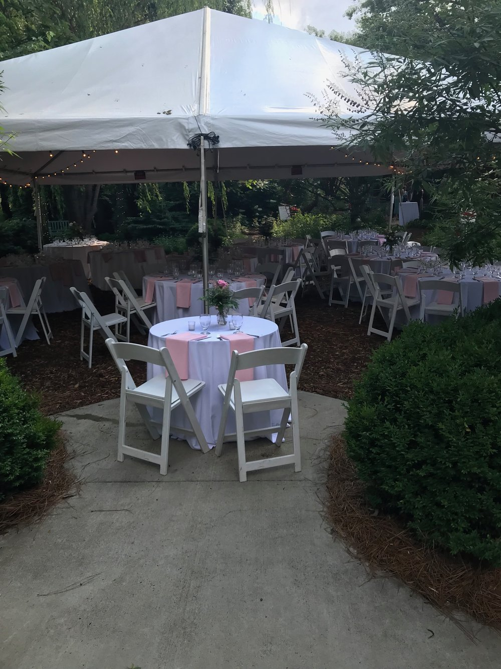 We expected rain, so the tables were canopied. Fortunately we only got a few sprinkles early in the evening!