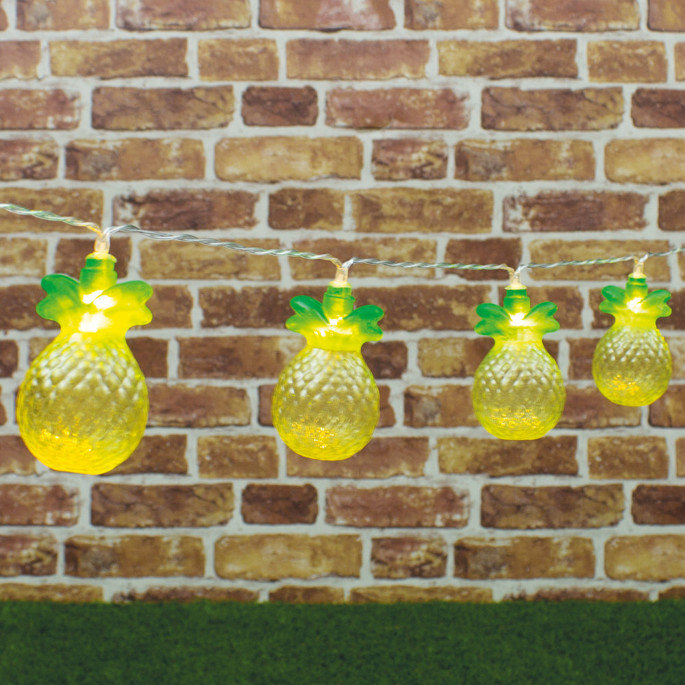 PineappleStringLights~1.jpg