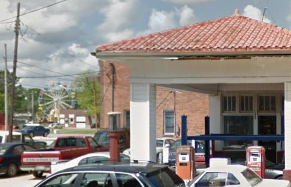 RICKY'S EXXON & MUFFLER SERVICES - AUTO SHOP400 N. Herritage St •Kinston, NC 28501(252) 523-6997