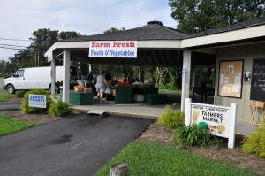 FARMER'S MARKET - FARM FRESH VEGETABLES100 N. Herritage StKinston, NC 28501(252) 527-2191