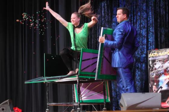 sam sandler deaf magician genii online