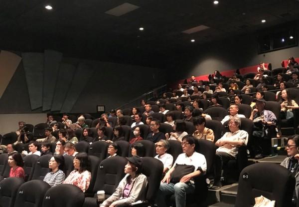 影迷們在映後座談會上踴躍提問。   http://www.focus-on-asia.com/info/5728/