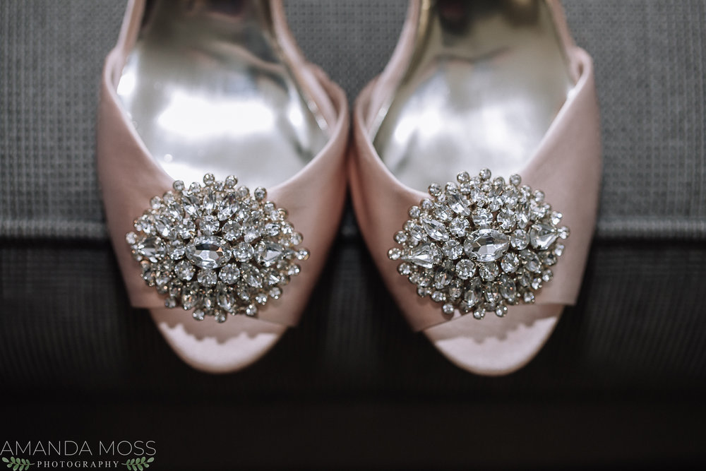 A pretty embellishment on the toe can make any shoe looks swoon worthy!