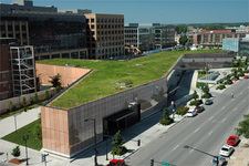 20-public-library-living-green-roof-des-moines-iowa.jpeg