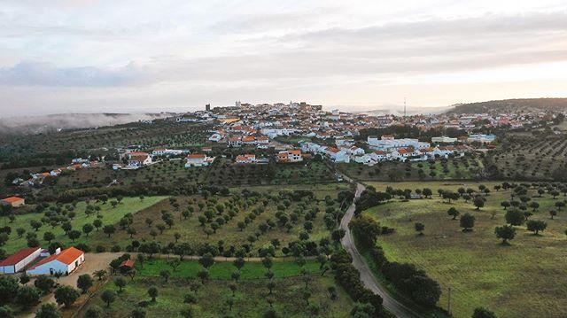 ♥️🌿 #VisitAvis . . • www.VisitAvis.com • #Alentejo • . . #morningroutine #VisitAlentejo #amanhecer #visitportugal #VilaDeAvis #lindo #igersportugal #lindo