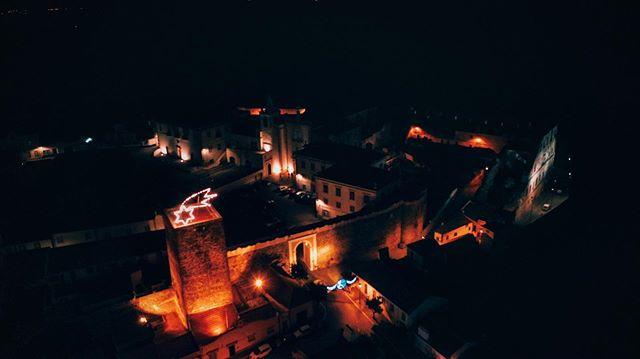 Os concertos de Reis marcaram presença este fim-de-semana no Convento de Avis e no Ervedal. . . A iniciativa foi um sucesso e cabe-nos agradecer com todo o carinho do mundo, a todos aqueles que connosco celebraram esta data. #DiaDeReis . . Sem dúvida que acabamos este fim-de-semana de coração cheio. OBRIGADO. ♥️ #VisitAvis . . #diadereis👑 #festejos #fimdesemana #obrigado #bomfimdesemana #conventodeavis #ervedal #viladeavis #visitalentejo #visitportugal