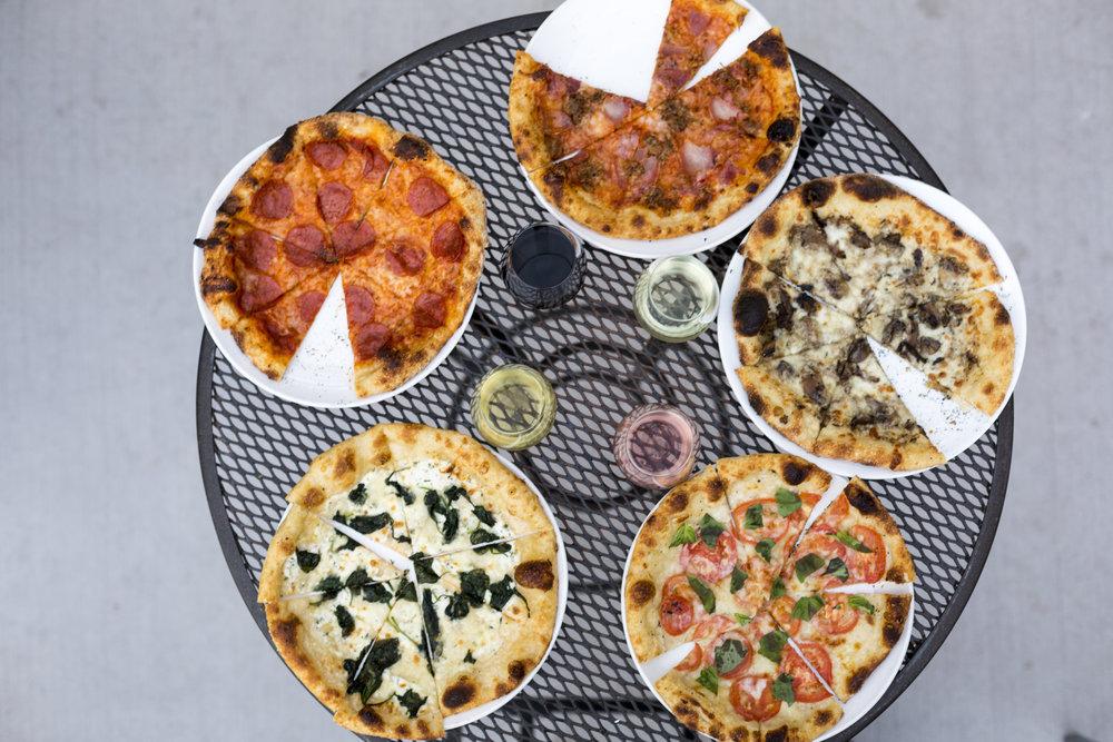"14"" pizzas"