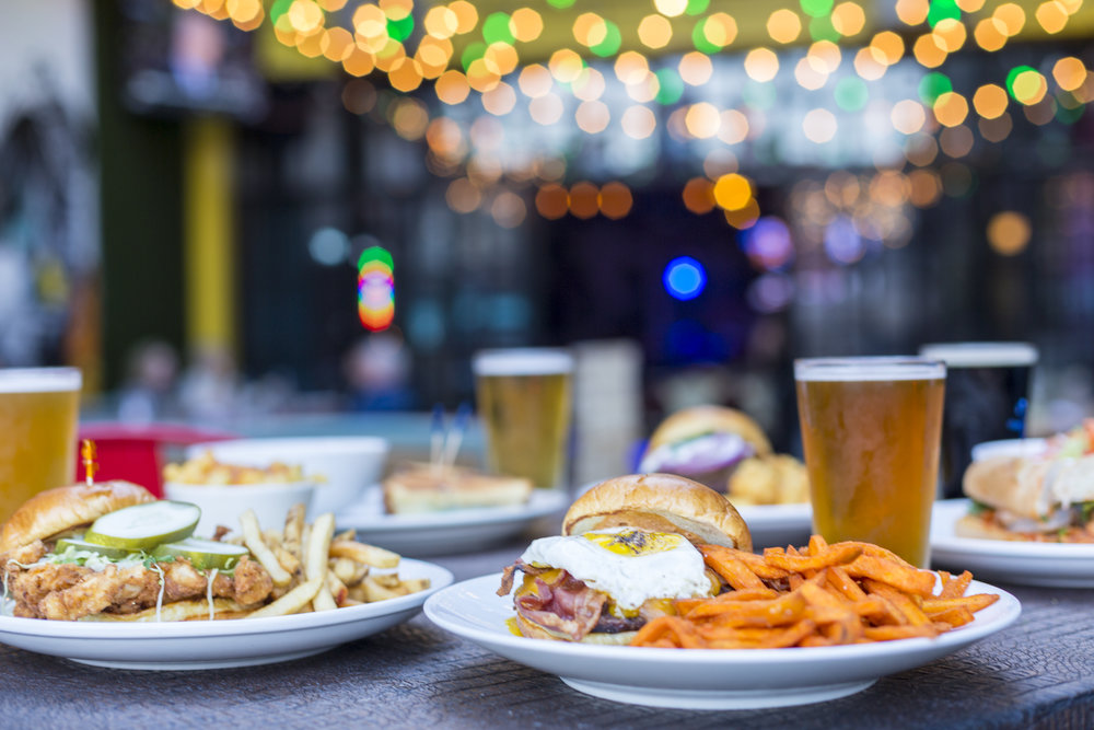 FRIDAYS: $25 for Burger + Fries + Unlimited Well Drinks or Drafts