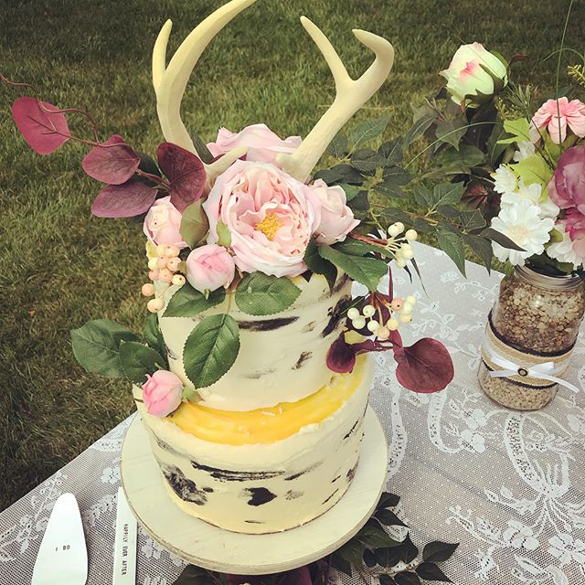 We are in the ❤️ of wedding season and absolutely loving it. Check out this amazing cake our own pastry chef @crystalbish11 made!  Champagne cake with strawberry cream filling... antlers optional. 🦌🍰🍾