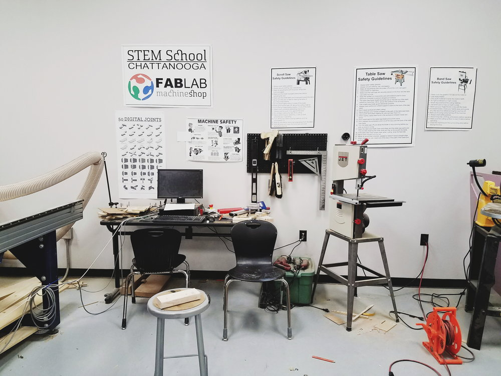 The FabLab is a space where students can design, prototype, and test products of their yearly projects.