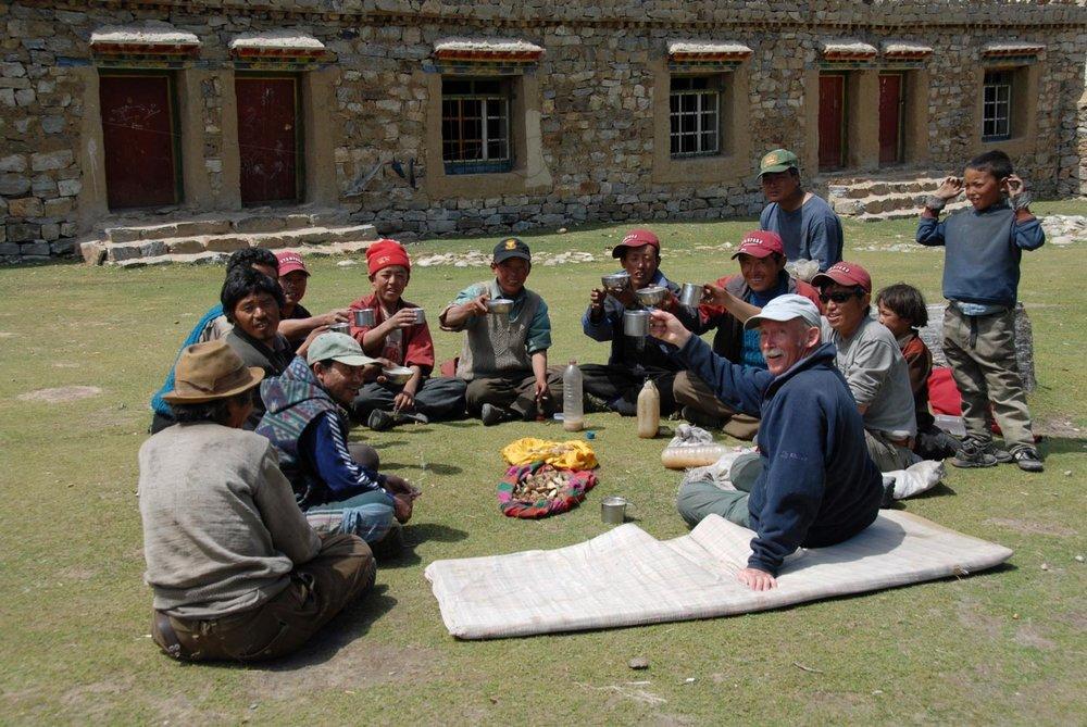 Tony Foster shares tea, Nepal, 2007. Photo by Kurt Ohms