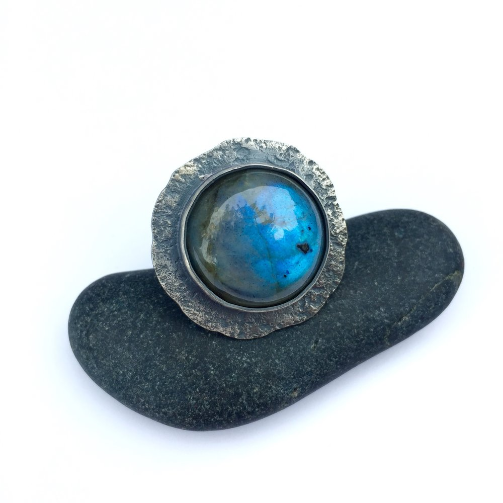 Lunar Collection labradorite ring